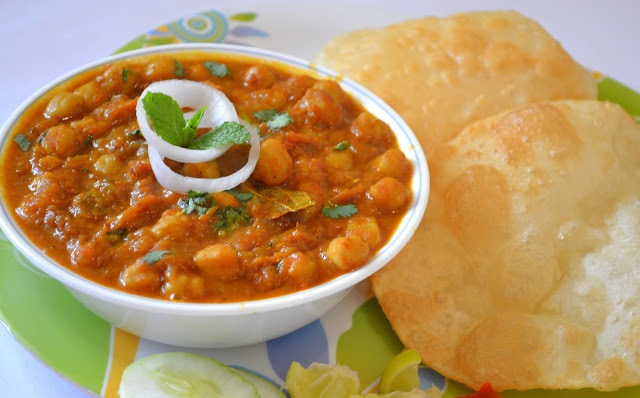 Chole Bhature Recipe - Chettinad
