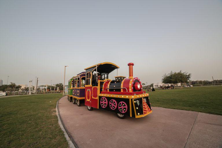 trackless train - al bidda park qatar - qatarindians